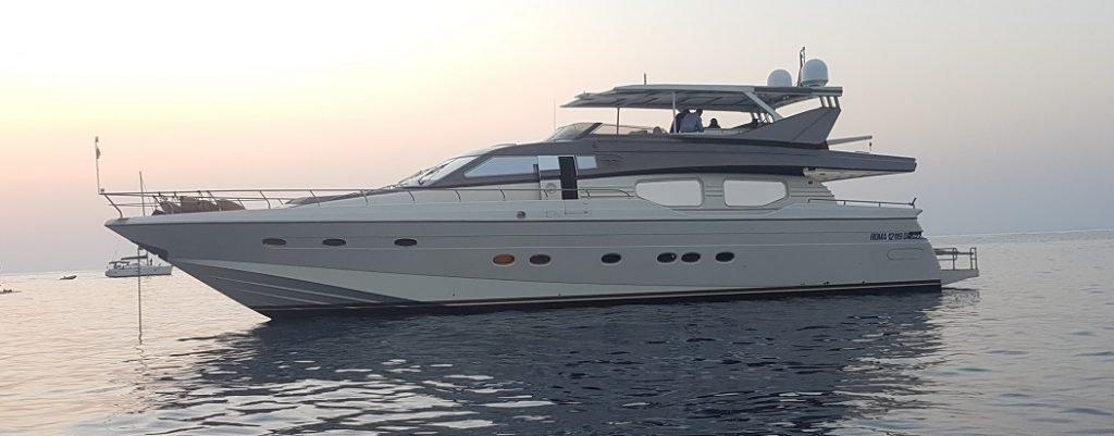 Noleggio-luxury-yacht-costa-smeralda-prime-suncat-1024x401